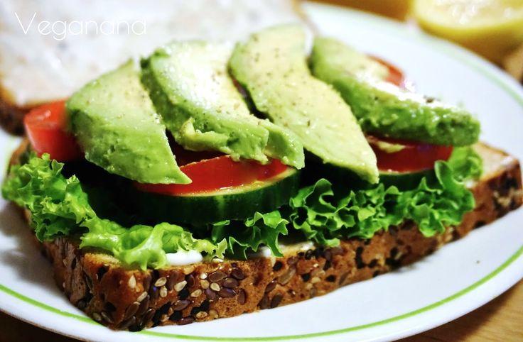 Simplesmente adoro abacate, e sempre que possível incluo nas nossas refeições. Fica uma delícia como acompanhamento de saladas ou recheio d...