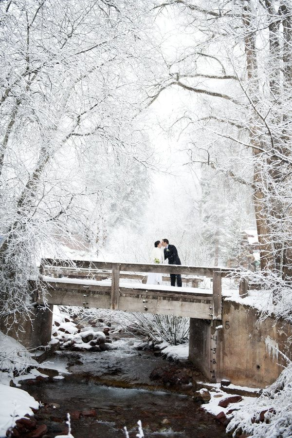Winter wedding photos that capture the magic of the season | Brinton Studios