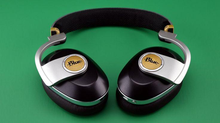 Blue Satellite Bluetooth Headphones Giveaway