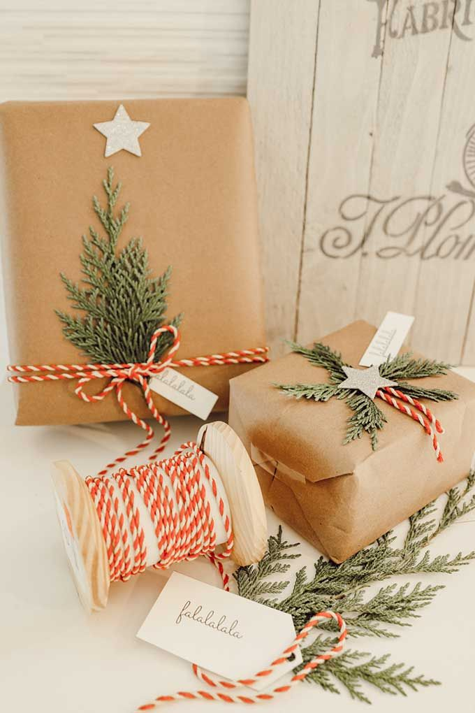 Natural Holiday Gift Wrap With Greenery Hallstrom Home In 2020 Christmas Wrapping Diy Vintage Christmas Wrapping Paper Simple Gift Wrapping