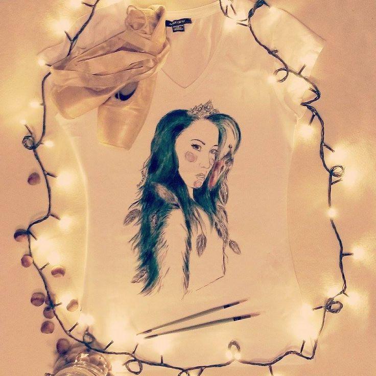 Koszulka ręcznie malowana z dziewczyną, Ida Nowakowska, You can dance,hand painted t-shirt girl