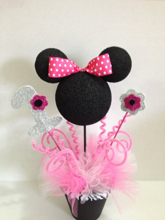 Minnie mouse centerpieces by DKRT on Etsy, $17.00