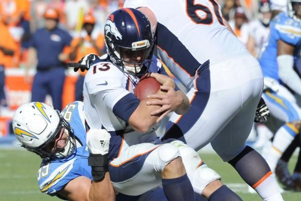 ENGLEWOOD, Colo. -- No one involved with the Denver Broncos is happy with their offensive performance -- not the coaches, not their fans,…