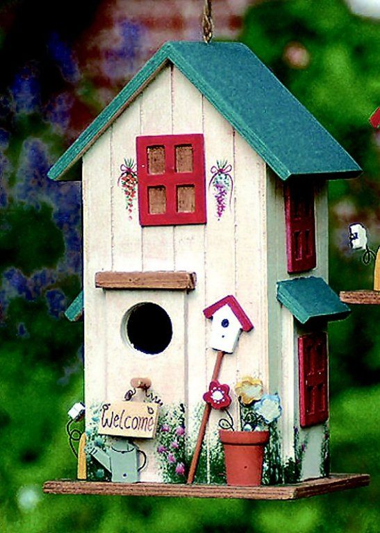 Decorando una casita de pájaros | Aprender manualidades es facilisimo.com