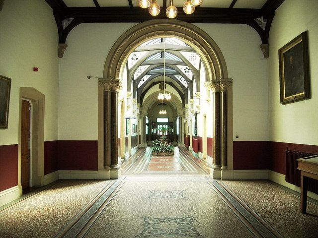 Leeds General Infirmary, (entrance hall) Great George Street, Leeds - geograph.org.uk - Wikimedia Commons