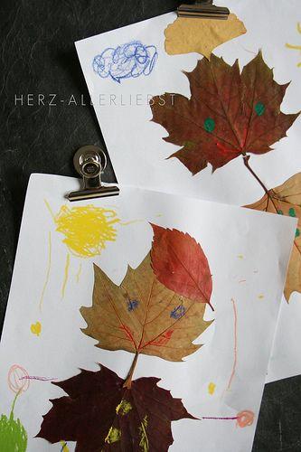 Menschen aus Blättern