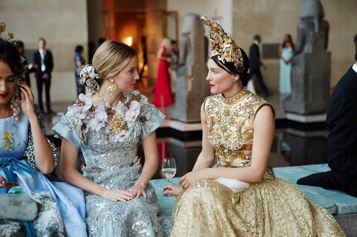Annabelle Wallis and Tabitha Simmons, both in Dolce Alta Moda at the Met Gala 2015