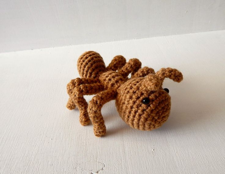 Ant - Free Amigurumi Pattern here: http://www.amidorablecrochet.ca/2015/01/ant-pattern.html#.VM_ApMn66SY