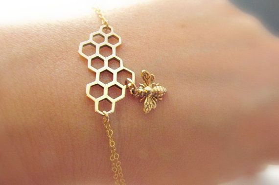 Bee bracelet gold fill HUGE SALE Italian par SimplyBrieDesigns