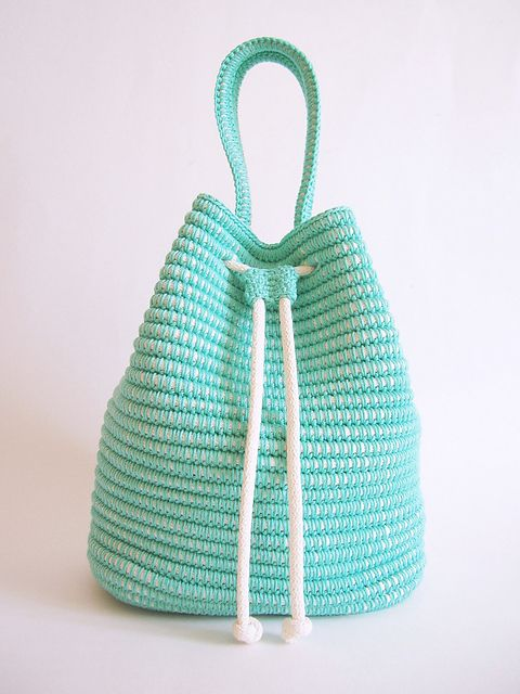 Drawstring bag pattern by ChabeGS