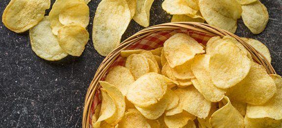 Batata frita de micro-ondas: aprenda receita que leva azeite no lugar do óleo - Veja a Receita: