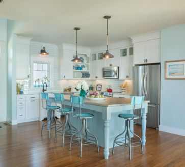 Green on Great Island - beach style - kitchen - providence - Caldwell & Johnson Custom Builders & Remodelers