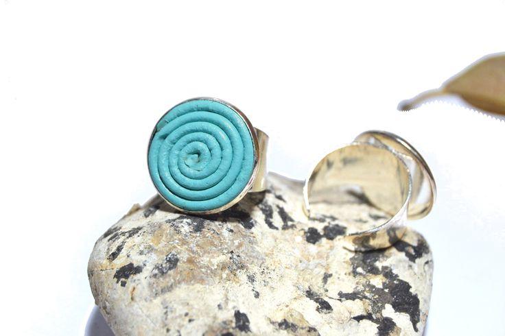Bague original en CUIR spirales et cabochon en argent plaqué 925 bleu : Bague par haf-design