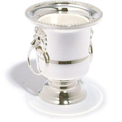 Artsfield and Craftsman Silverplated Miniature Champagne Bucket Votive Candleholder Artsfield and Craftsman http://www.amazon.com/dp/B00V6O6GAC/ref=cm_sw_r_pi_dp_-Qpwvb13BMB1G