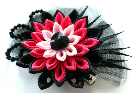 Fermacapelli fiore kanzashi tessuto. Nero e rosa. di JuLVa su Etsy