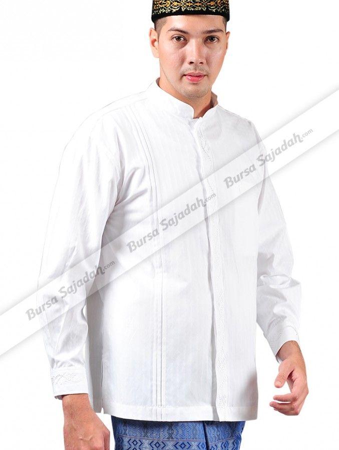 Dengan desain modis & motif simple yang maskulin, baju koko Manset Sykava pas untuk melengkapi & memperindah aktifitas ibadah Anda. Selain itu, busana muslim pria berwarna putih mencerahkan yang mudah di-match dengan pakaian berwarna lain ini dibuat dari cotton dobby yang halus, sejuk, & nyaman dikenakan.