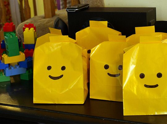 Lego partyGift Bags, Treats Bags, Goodies Bags, Birthday Parties, Lego Parties, Lego Birthday, Favors Bags, Parties Ideas, Parties Bags