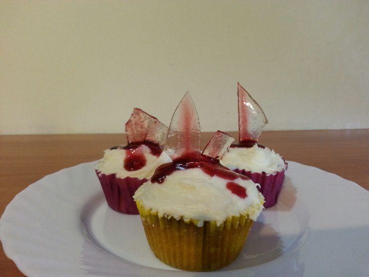 halloween, glass shard cupcake