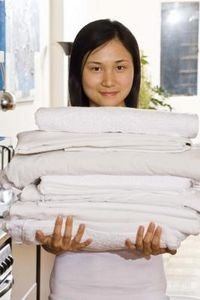 How to Get Towels White again--- Laundry Detergent, Baking Soda, White Vinegar...
