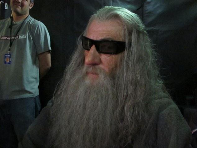 Orolin's just chillin.The Lord, Peter Jackson, Ducks Dynasty, The Hobbit, Rings, El Hobbit, Ian Mckellen, Thehobbit, Gandalf