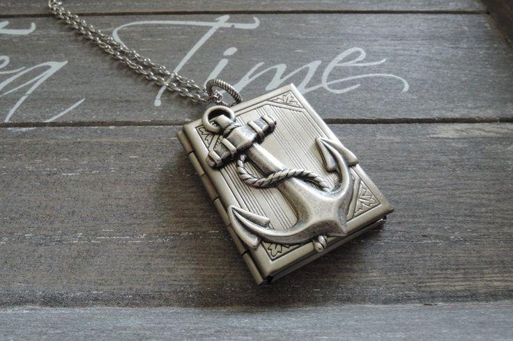 Medaillon kettingen - Zilveren medaillon Anker boek antiek zilver - Een uniek product van MadamebutterflyMeagan op DaWanda