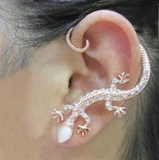 Clip para oreja con forma de lagartija de cristal
