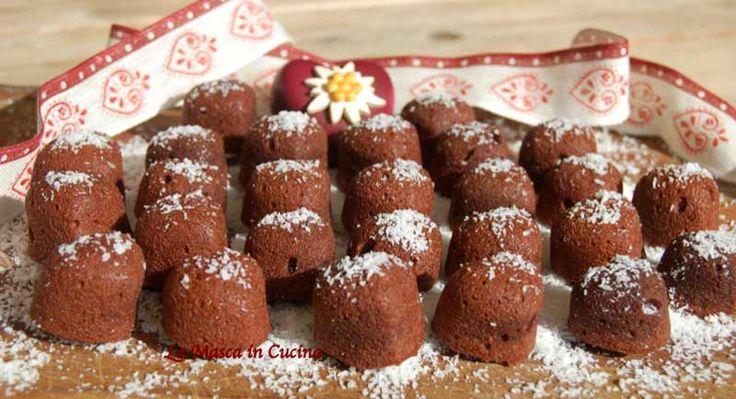 Biscotti morbidi al cacao e cocco: una ricetta creata dallo chef stellato Enrico Crippa, utilizzando il burro Beppino Occelli