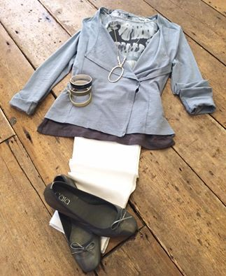 We're ready for summer here @ Exiv Boutique, this outfit is perfect! J&Q white Capri trousers £109. Sandwich blue grey jacket with side button £49. Sandwich blue grey leaf patterned sleeveless top £59. Cara London darkness coloured pumps £55. Tutti&Co necklace £27.50. Tutti&Co bangles £26 each.