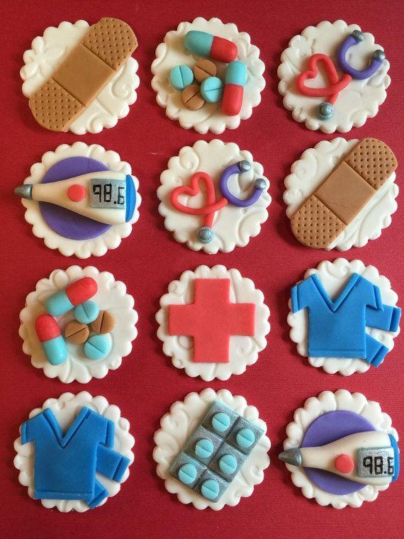 12 enfermera Cupcake Toppers - salud - Fondant - médico - médico - enfermería - Hospital - Bandaid - peelings - comestibles - pastillaje (fondant)