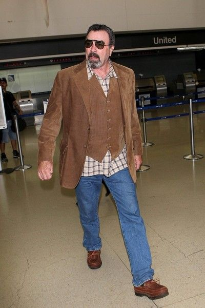 Tom Selleck Photos Photos - Tom Selleck is seen at LAX. - Tom Selleck Spotted at LAX