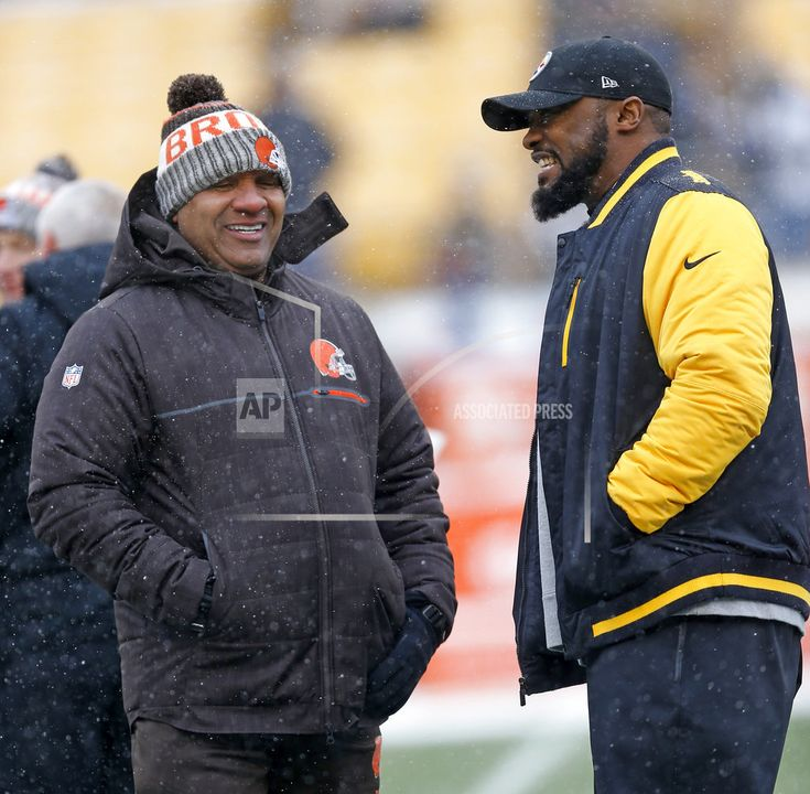 December 31, 2017  (AP)(STL.News) —The Pittsburgh Steelers are giving Quarterback Ben Roethlisberger, running back Le'Veon Bell and other starters the day off against the winless Cleveland Browns despite having a shot at home-field advantage throughout the AFC playoffs. Roethlisberger and B... Read More Details: https://www.stl.news/steelers-sitting-big-ben-bell-vs-winless-browns/59041/