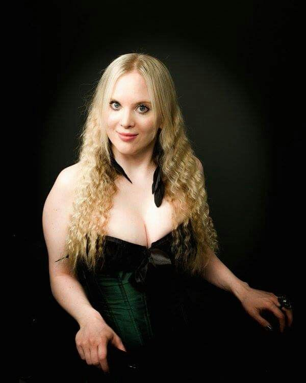 Carmen Elise Espenæs