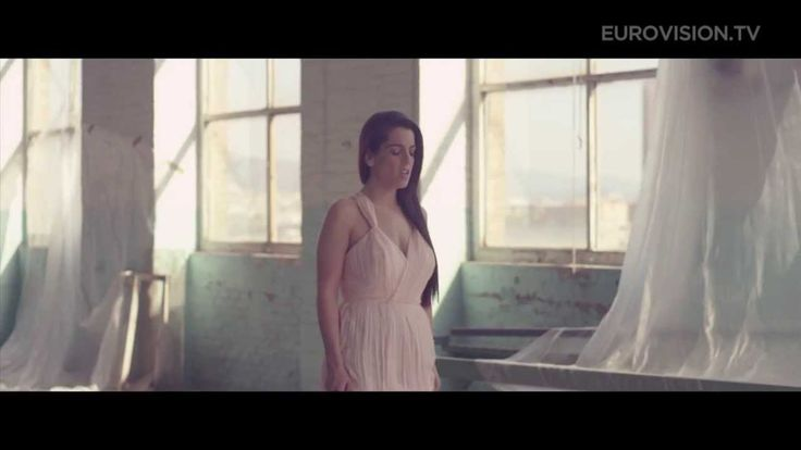 Spain's 2014 hope: Ruth Lorenzo with 'Dancing in the Rain' - I think this is the closest Spain has gotten for a while...