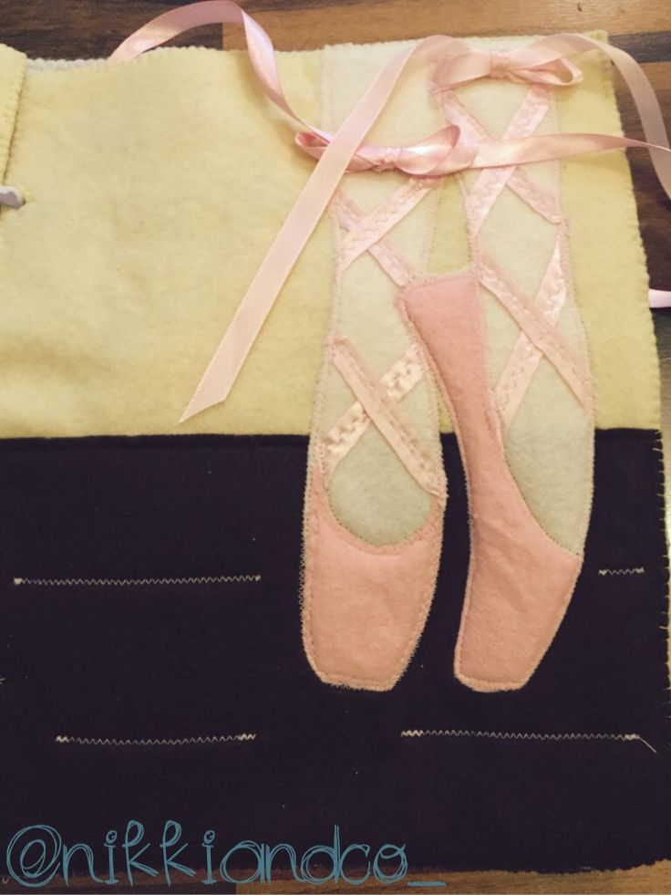 Tying the ballet shoes quiet book page. Tips and link to ...