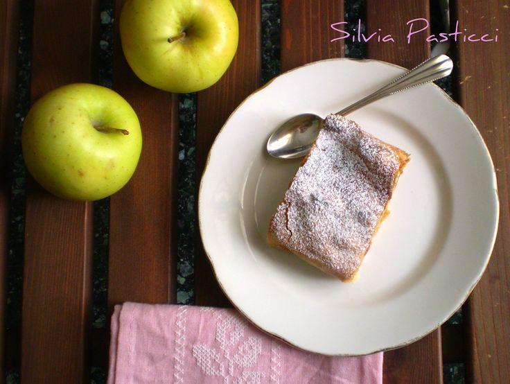 Apfelstrudel, strudel di mele.