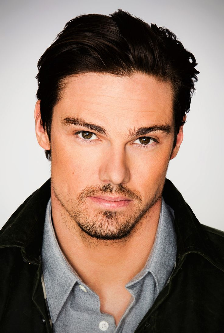 "Jay Ryan/Jay Bunyan (Vincent Keller ""The Beast"""