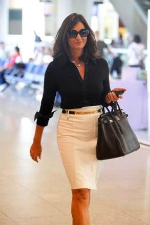 Luiza Brunet com look clássico e elegante: inspiração para o trabalho