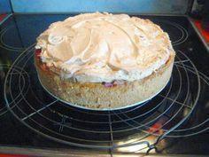 Rezept: Rhabarberkuchen mit Vanillepudding und Baiser