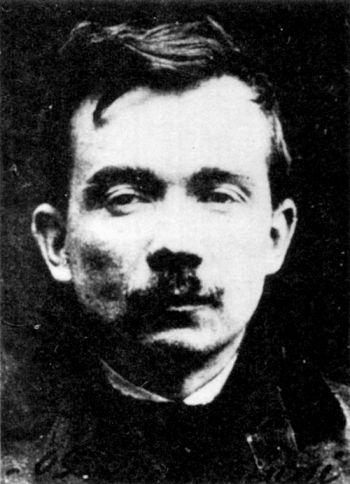 Jules Bonnot și banda lui | Jules Bonnot s-a născut la 14 octombrie 1876 la Pont-de-Roide, un sat din Doubs, în apropiere de Montbeliard (Franța). La vârsta de cinci ani își pierde[...] | http://dezvaluiribiz.ro/jules-bonnot-si-banda-lui/