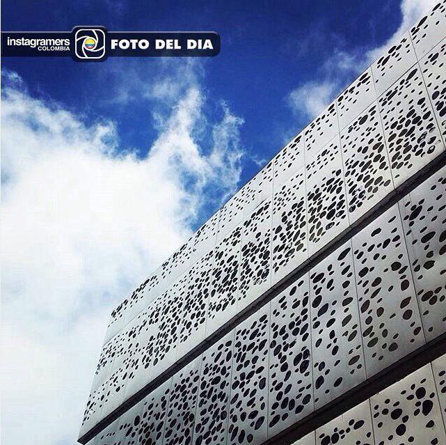 igerscolombiaF O T O D E L D I A ❤️477 AÑOS DE BOGOTÁ❤️ Felicitaciones @monyka13rq Localización: Calle 95 con 11, Bogotá  Continúen etiquetando sus fotos con el Tag #igerscolombia mostrando lo más lindo y diverso de nuestro país para que puedan ser seleccionados como foto del día.  Foto seleccionada por @acedanoa  =================================