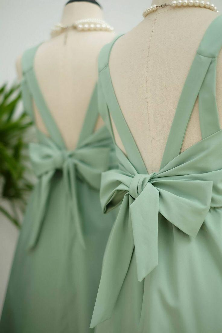 Vert sauge robe sage parti robe de bal verte robe vert robe de cocktail arc retour Robe demoiselle d'honneur vert vert robes dos nu par LovelyMelodyClothing sur Etsy https://www.etsy.com/fr/listing/192553293/vert-sauge-robe-sage-parti-robe-de-bal