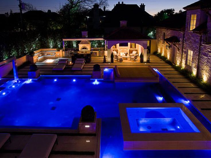 dazzling ideas of modern swimming pool designs presenting large pool with small lighting and white lounge. beautiful ideas. Home Design Ideas