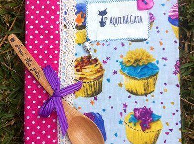 Livro de Receitas Médio Cupcakes Azuis | Aqui Há Gata www.aquihagata.com/pt/livro-de-receitas-medio-cupcakes-azuis