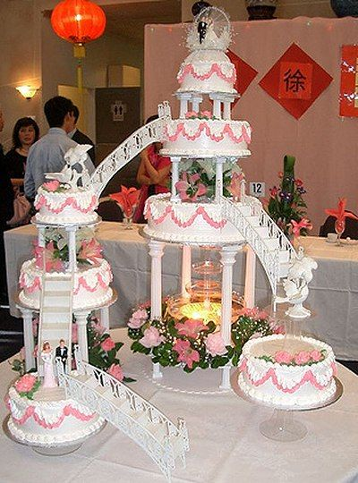 Wedding Cakes with Fountains   ... in pink garden themed wedding cake for any garden or outdoor wedding