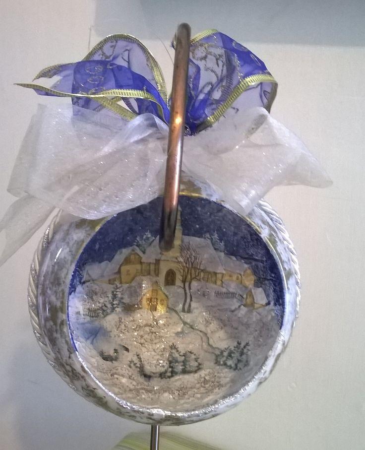 palla natalizia in decoupage