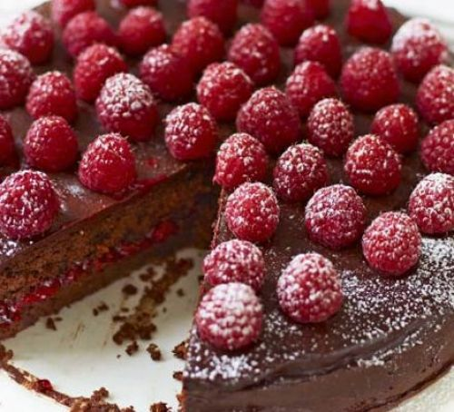 Raspberry chocolate torte -- dense, delicious! (Note to self: first time I didn't have enough almonds and added a bit extra flour; also didn't have enough chocolate pieces for the icing so added cocoa powder and milk and sugar and there was plenty of delicious icing)