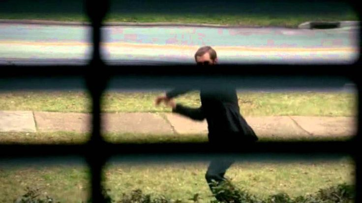"""The Vampire Diaries: Klaus tries to get inside Elena's house-""""Before Sun..."""