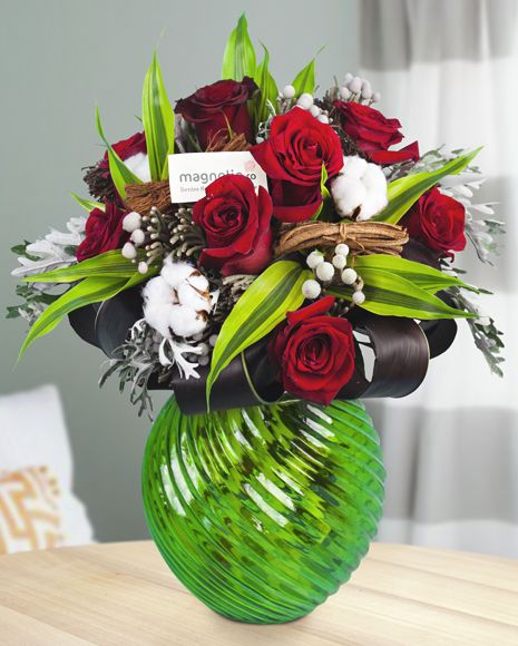 Red roses and fluffy cotton- a lovely mix!