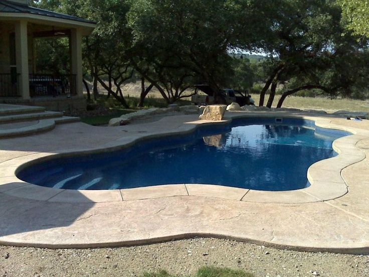 Like The Stamped Concrete And Border Around Pool