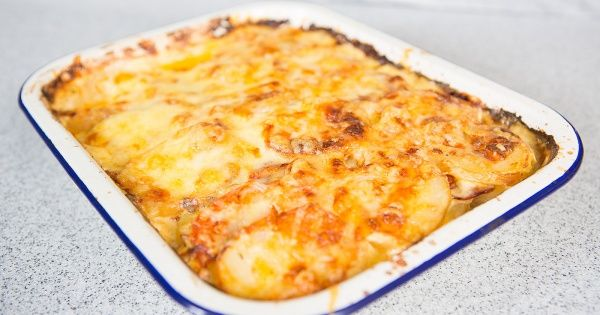 If you haven't tried our yummy smoked chorizo, then you must! This potato bake smells and taste delicious and leave an aroma throughout the household that will make everyone a bit jealous :)